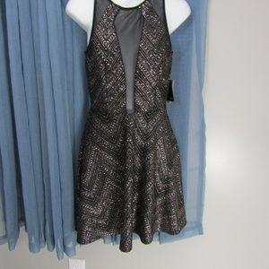 CITY TRIANGLE SEXY METALLIC COCKTAIL DRESS! NWT